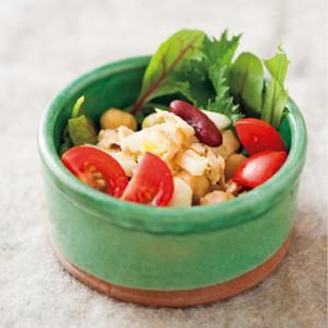 豆とツナ、セロリのサラダ