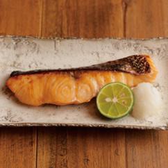 鮭の甘酒漬け焼き