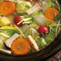 塩スープの野菜なべ
