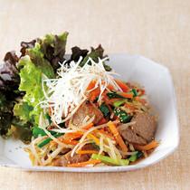 野菜たっぷりプルコギ風サラダ