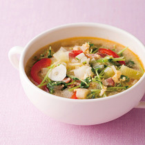 たっぷりねぎとベーコンの洋風かき玉スープ