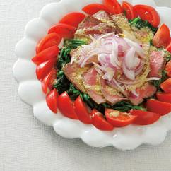 春菊と玉ねぎ、かつおのたたきのサラダ