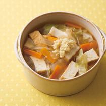 野菜と厚揚げのしょうが風味スープ