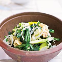 長ねぎとアスパラガスのお湯かけサラダ