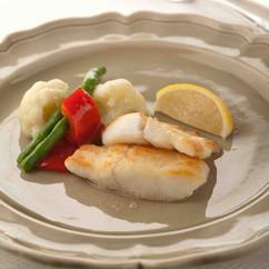 白身魚と野菜のムニエル