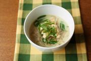 こんにゃく麺で豆乳カレー麺の写真