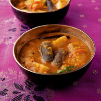 サンバル(豆の野菜カレー)
