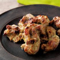 チキンマライティッカ(鶏肉のオーブン焼き、 ヨーグルト風味)
