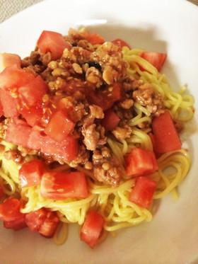 缶詰で簡単トマトとガパオ麺