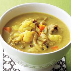 豚肉とカリフラワーのカレー豆乳スープ