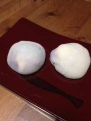 お餅でブルーベリーレアチーズケーキ風大福の写真