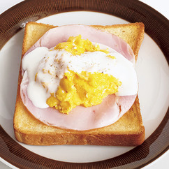 エッグベネディクト風トースト