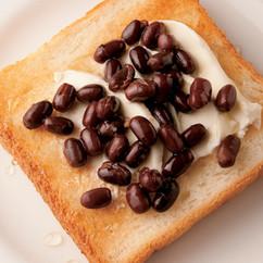 小豆とクリームチーズのトースト