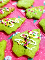 ☆簡単!抹茶クッキーでクリスマスツリー☆の写真