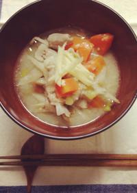 たっぷり根菜の塩糀もつ煮