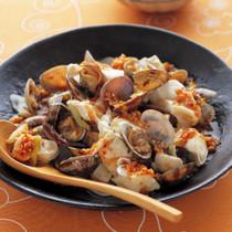 あさりと豆腐のピリ辛蒸し