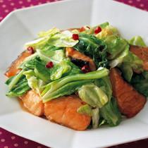 鮭とキャベツのエスニック炒め