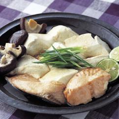 豆腐と鮭の和風レンジ蒸し