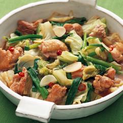 キャベツと鶏肉のピリ辛みそ煮