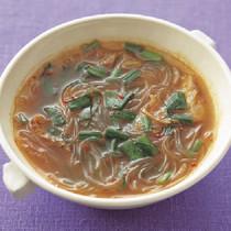 にらとキムチの春雨スープ