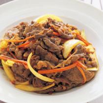 牛肉と玉ねぎのカレーじょうゆ炒め