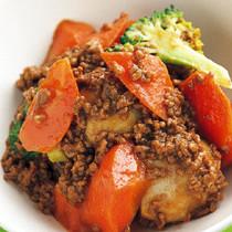 にんじんとひき肉のカレースープ蒸し煮