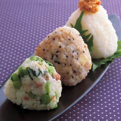 野沢菜ベーコン(写真下)