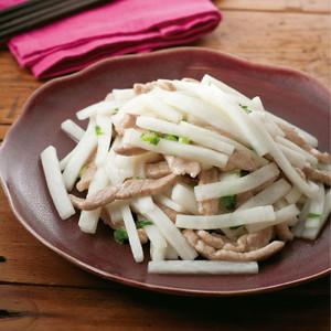 大根と豚肉の中華風塩炒め