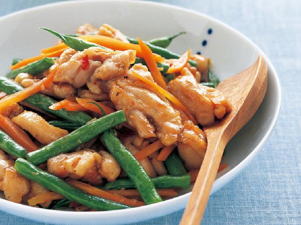 鶏肉といんげんの中華炒め