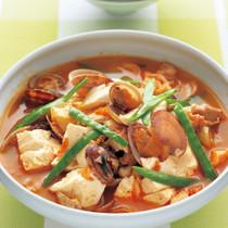 豆腐とあさりの韓国風スープ煮