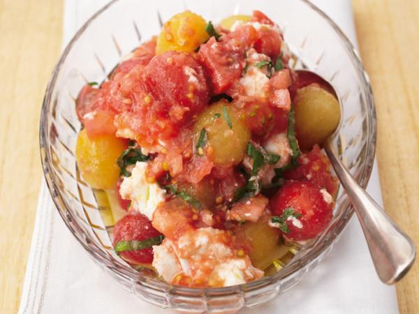 3種のトマトとモッツァレラのサラダ