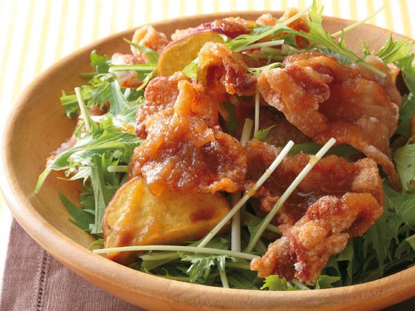 カリカリ豚とさつまいものサラダ