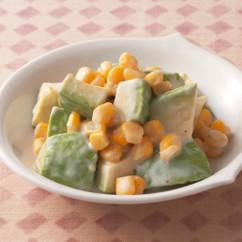 アボカドのヨーグルトサラダ