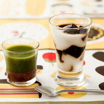 あずき抹茶ゼリー(写真左)