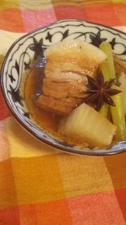 黒酢と八角の豚角煮♪の写真
