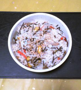 青大豆とあらめの混ぜご飯