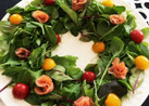 《簡単》華やか♡クリスマスリースのサラダ