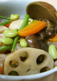 繊維たっぷり!ひたし豆でとろ~り根菜煮