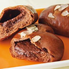 チョコレートカスタードクリームパン