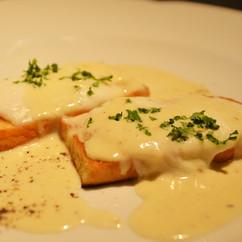モッツァレッラチーズのブルスケッタ