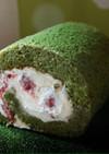 クリスマス色!木苺と抹茶のロールケーキ