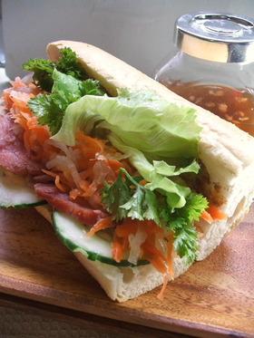 ■バインミー・べトナムのサンドイッチ■