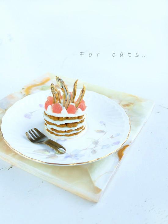 カリカリ好きニャンの為の♡猫用ケーキ!?