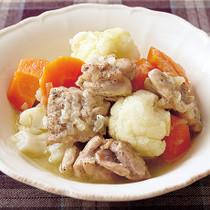 とり肉とカリフラワーのスープ煮
