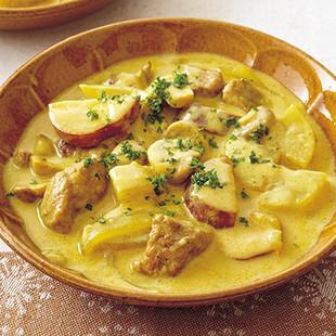豚肉と根菜のカレーミルクシチュー