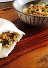 納豆と豚挽のピタパンホットサンド