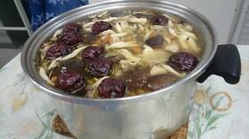 台湾料理:薬膳スープ