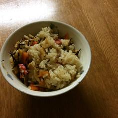 濃い味炊き込み風混ぜご飯