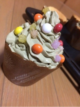 クリスマスツリーのカップケーキ