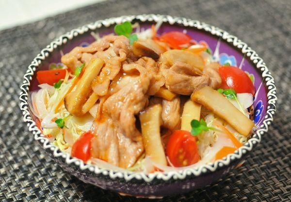 豚肉の甘辛生姜焼き丼